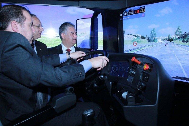 Simulador De Camión Y Autobús