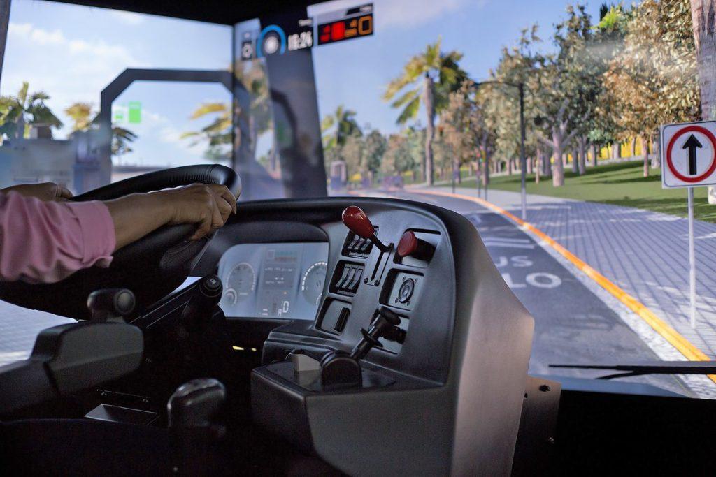 Simulador De Camion Y Autobus Hardware 1024x683