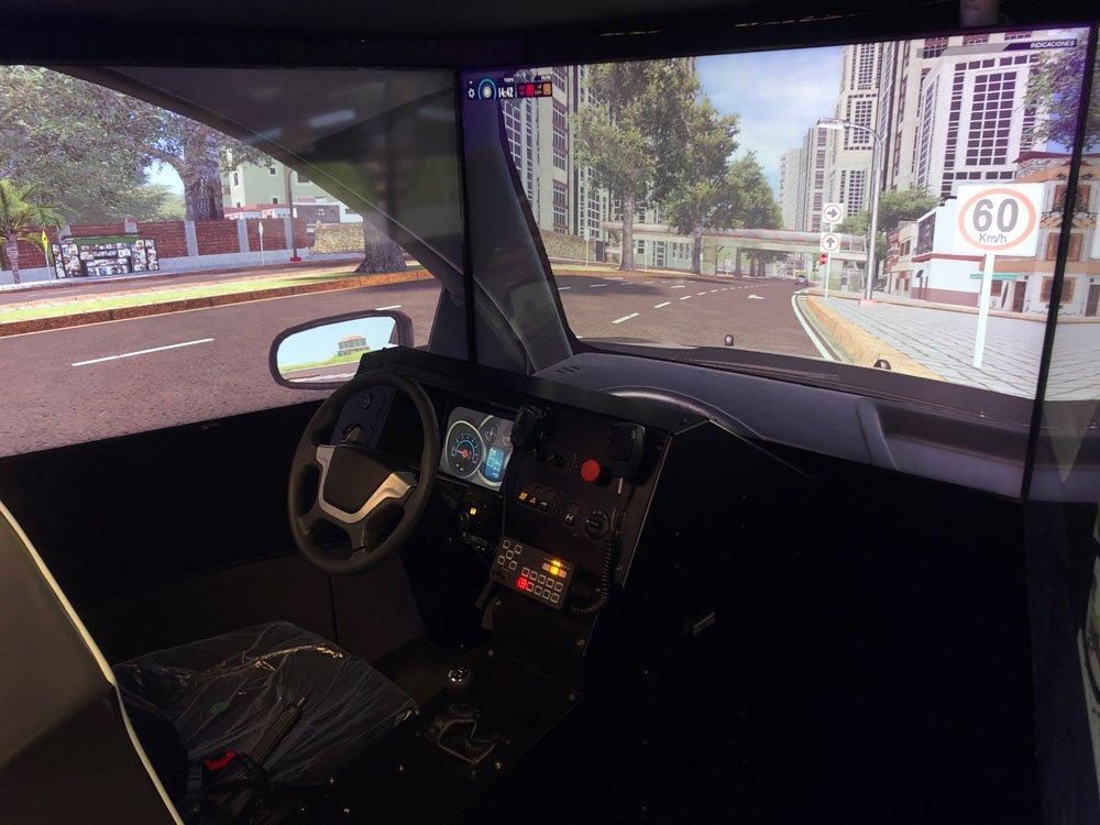 Simulador De Patrulla Policia APEX Interior